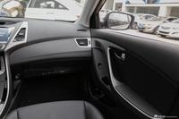 2015款朗动1.6L自动尊贵型