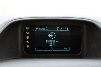 2016款福特途睿欧2.0T手动精英版