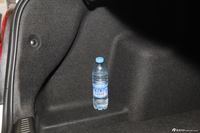 2013款爱唯欧三厢1.4SL自动时尚天窗版