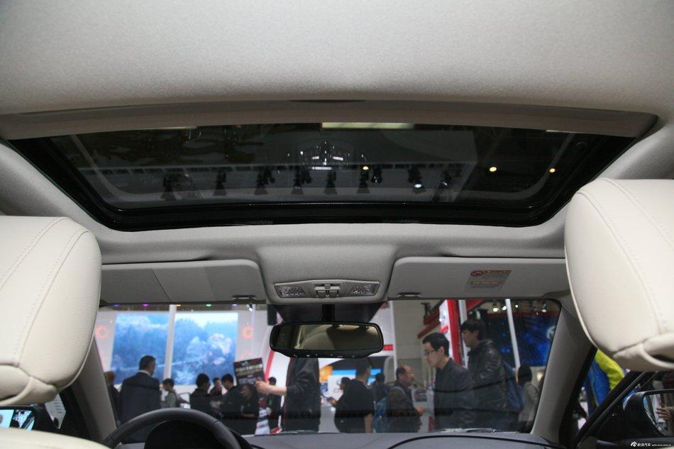 2013款奔腾B50 1.6L自动豪华版