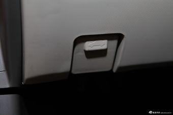 2013款新赛欧三厢1.2L手动温馨版