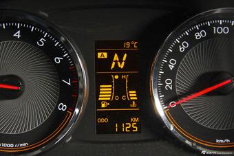 2015款赛欧31.3L自动AMT理想版