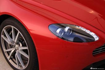 V8 Vantage 细节