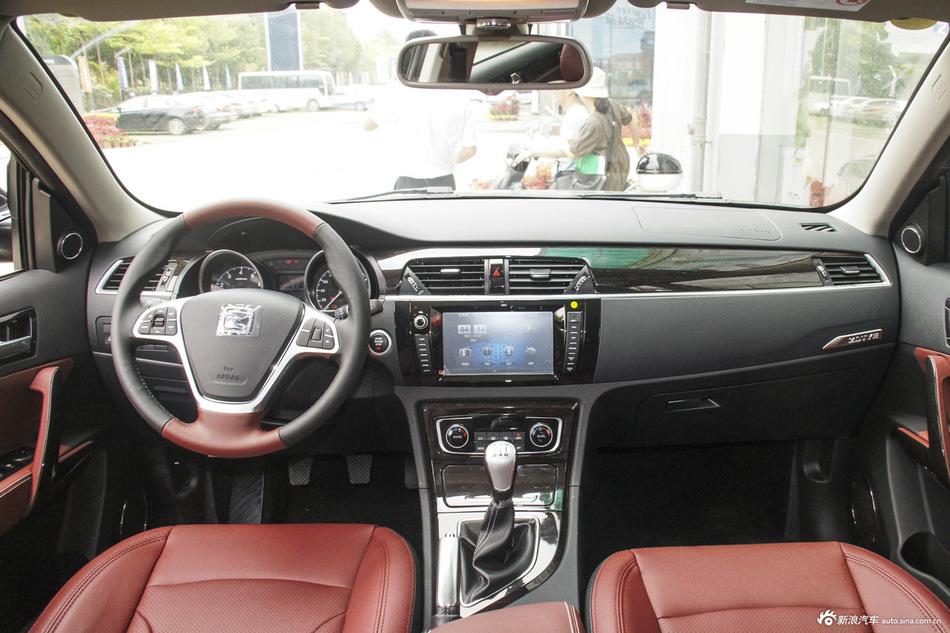 2015款众泰T600 2.0T手动尊贵型