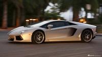 2013款兰博基尼Aventador LP 700-4 Roadster