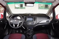 2015款吉利英伦C5 1.5L手动两厢尊贵型