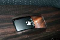 2013款狮跑2.0L GLS手动两驱版