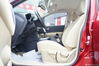 2012款逍客2.0L两驱手动 XL火