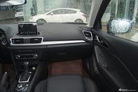 2016款马自达3昂克赛拉2.0L自动两厢旗舰型