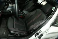 2015款宝马1系120i 1.6T自动运动设计套装