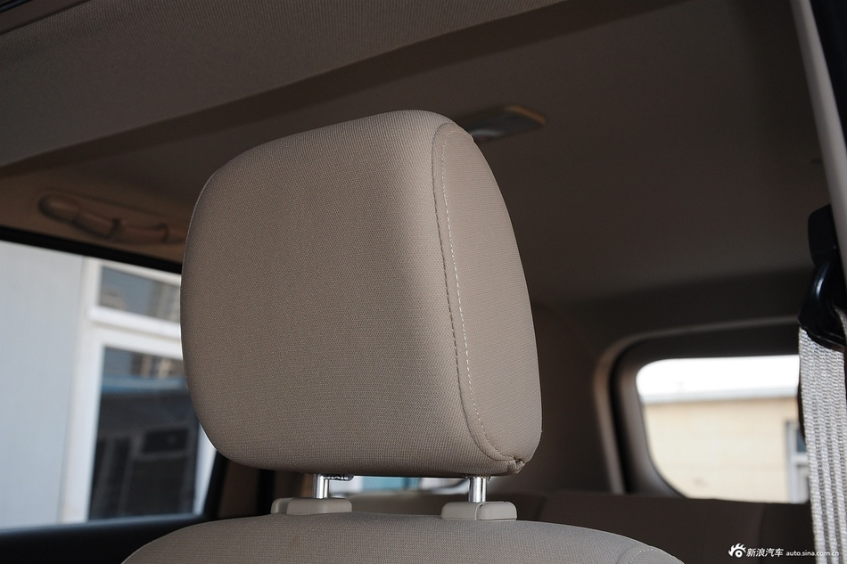 2015款五菱宏光S 1.2L手动标准型
