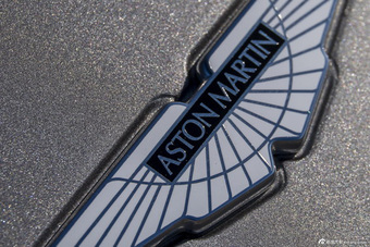 2015款阿斯顿马丁Vanquish Coupe 6.0L基本款