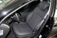 2008款劳恩斯BH330舒适版座椅空间
