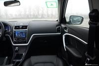 2016款吉利帝豪1.3T手动三厢向上版