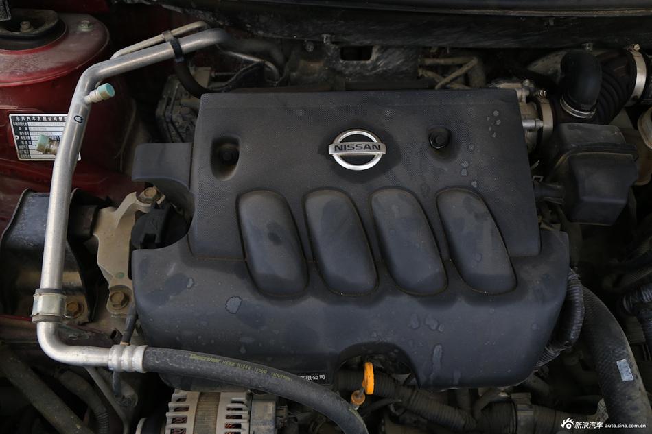 2013款逍客2.0L两驱CVT XV炫