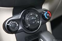 2013款嘉年华三厢1.5L自动时尚型