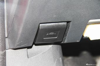 2016款众泰Z500 1.5T手动精英型