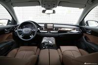 2016款奥迪A8L 3.0T自动45TFSI quattro豪华型