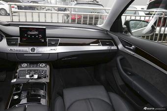 2014款奥迪A8L 3.0T自动50TFSI quattro豪华型