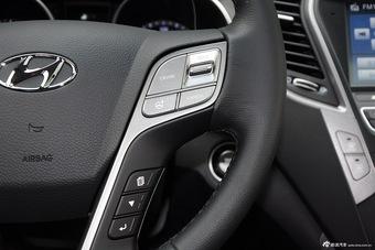 2015款全新胜达2.4L自动两驱GLS