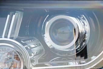2015款第四代发现3.0 SDV6 HSE柴油版