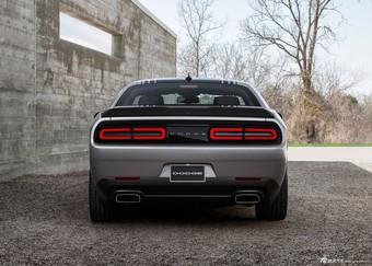 2015款Dodge Challenger