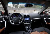 2016款吉利帝豪1.3T自动RS两厢向上版