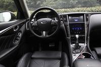 2014款英菲尼迪Q50 3.7L自动豪华运动版