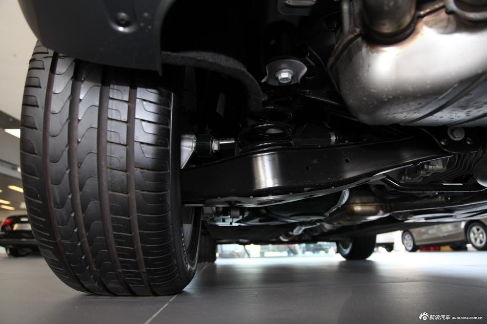2013款奥迪Q3 40TFSI quattro四驱豪华型