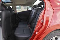 2016款马自达3昂克赛拉2.0L自动三厢旗舰型
