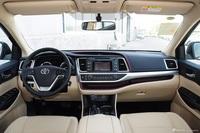 2015款汉兰达3.5L自动四驱精英版