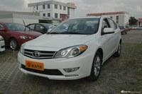 东南2013款V5菱致1.5L手动标准型CNG