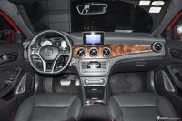 2016款奔驰GLA级 GLA260 2.0T自动4MATIC运动型