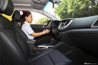2015款全新途胜1.6T自动两驱领先型
