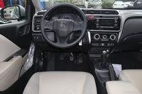 2015款锋范 1.5L手动豪华版