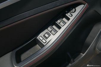 2014款奔腾B70 1.8T自动运动尊贵型