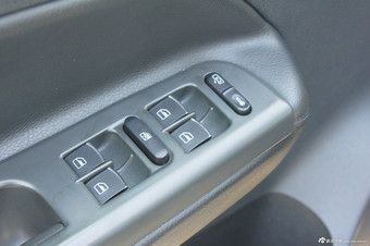 2012款宝来1.4T自动豪华型