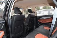 2016款宝骏560 1.8L手动精英型