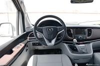 2016款瑞风M5 2.0T手动汽油商务版