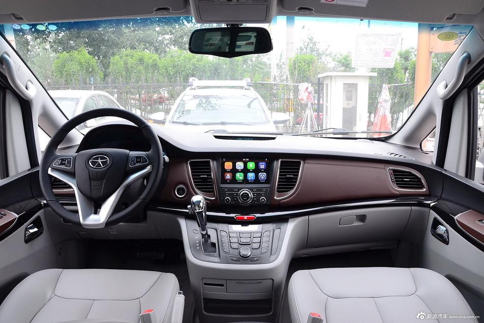 2016款瑞风M5 2.0T自动汽油公务版
