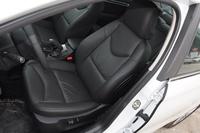 2015款雪铁龙C4L 1.2T自动尊贵版