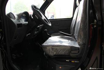 2012款小康V07S座椅空间