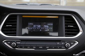 2015款传祺GS4 1.3T自动200T G-DCT精英版
