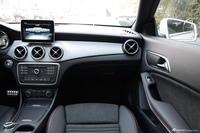 2016款奔驰CLA级 CLA220 2.0T自动4MATIC