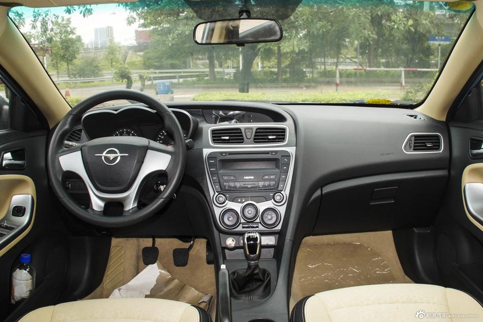2014款福美来M5 1.6L手动标准型