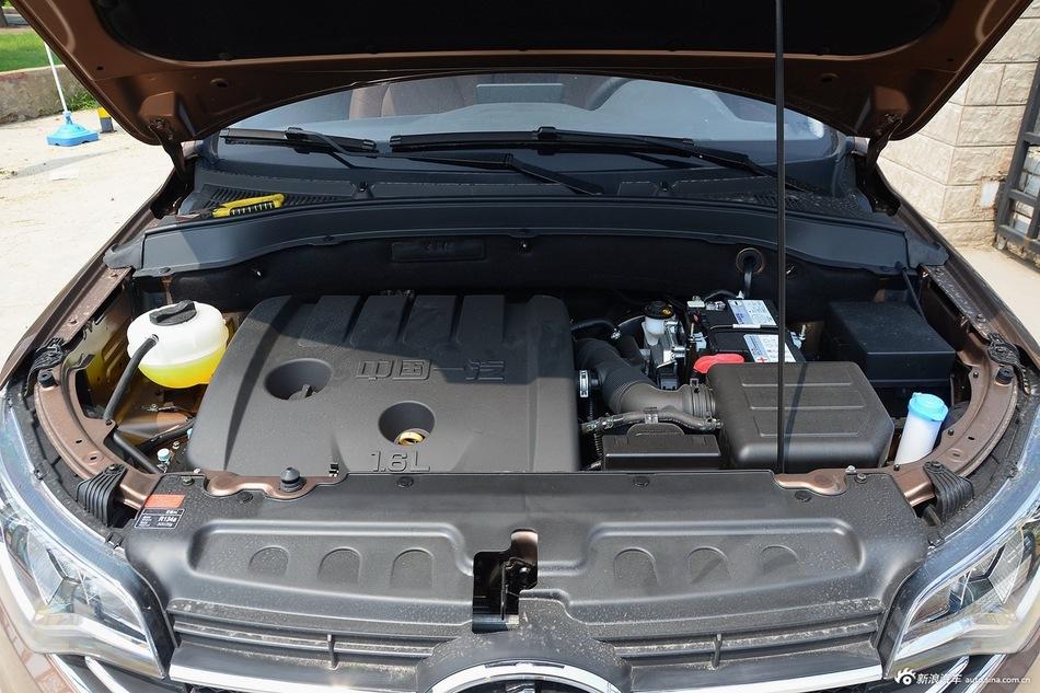 2016款森雅R7 1.6L手动尊贵型