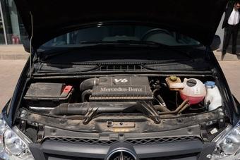 2014款奔驰威霆3.0L自动精英版