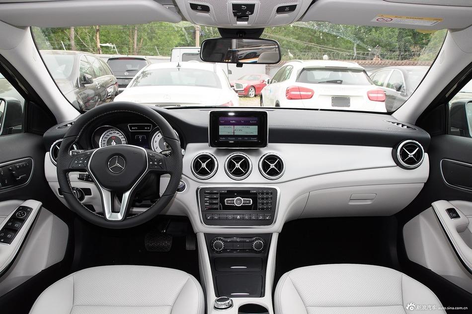2015款 奔驰GLA220 4MATIC时尚型