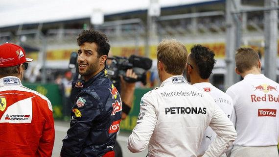 """F1: 里卡多拒绝再做""""好好先生"""""""