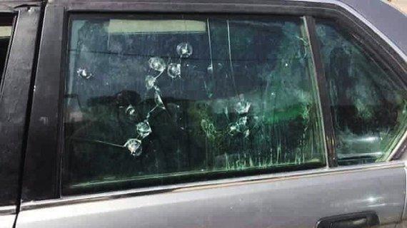 勇士开90年代的二手宝马防弹车,救了70多人